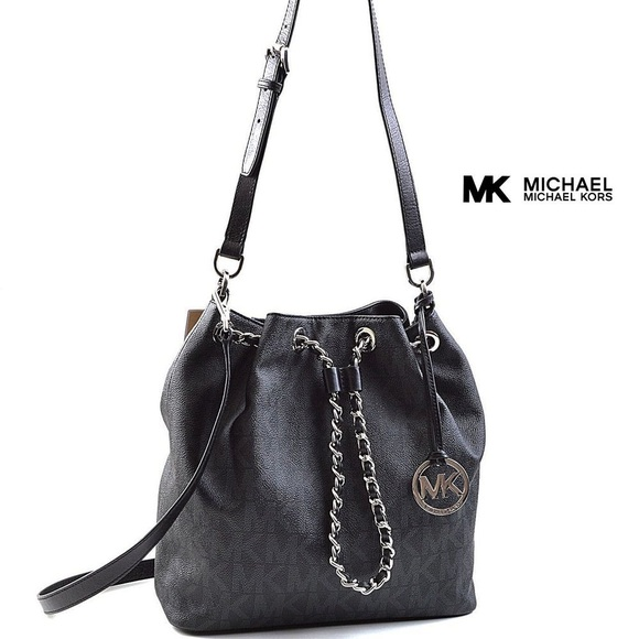 f055b3f20422 ✨MICHAEL Michael Kors✨ Frankie leather handbag. M_5a75ecfb50687cd6d88bec3e